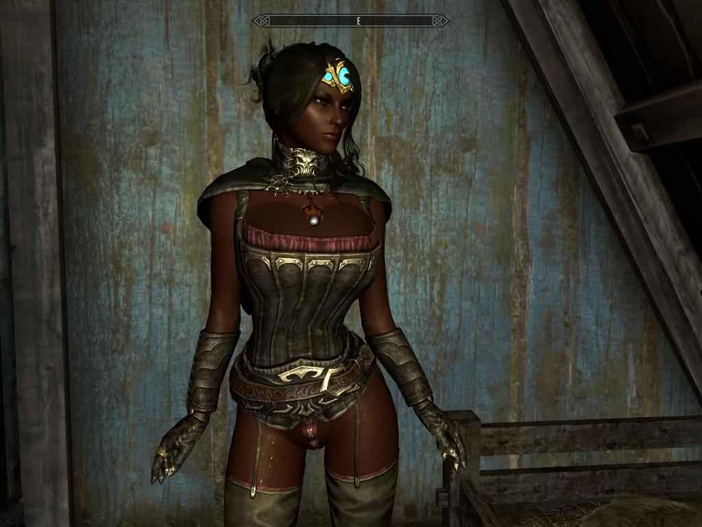 Мод Skyrim — Короткая броня вампиров для девушек