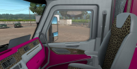 Peterbilt-579-interior-girl-edition-for-ATS-2